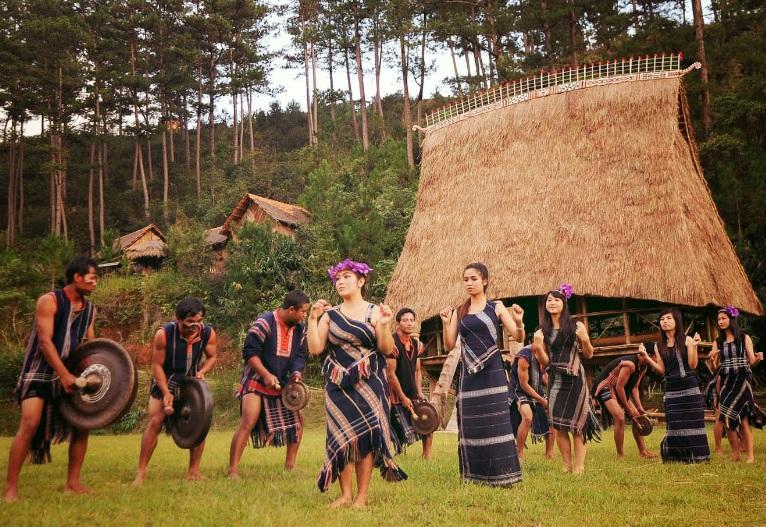 lễ hội hồ Lăk