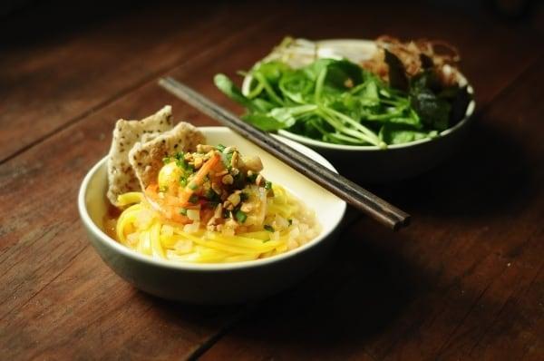 Mì Quảng - món ăn đặc sản Hội An