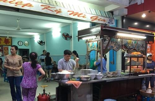 Quán mì ngày nào cũng đông nghịt khách ở Vũng Tàu (ảnh ST)