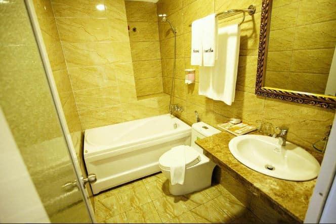 phòng tắm tại Diamond Suite Parkview