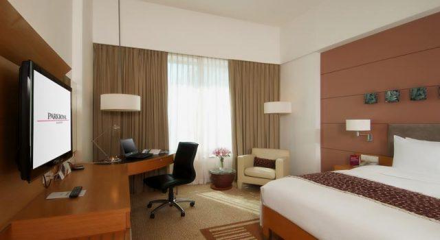 Căn phòng hiện đại của khách sạn Parkroyal Sài Gòn (ảnh ST)