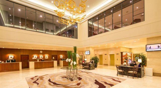 Sảnh đón khách ở Saigon Prince Hotel (Ảnh sưu tầm)