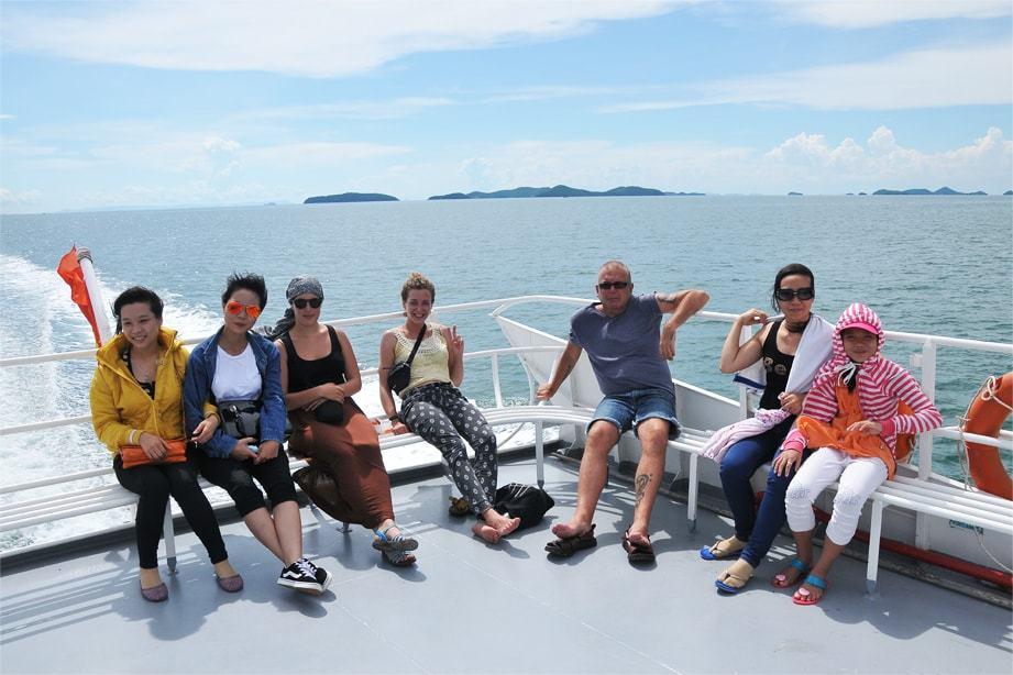 Trải nghiệm chuyến đi tàu tới Phú Quốc