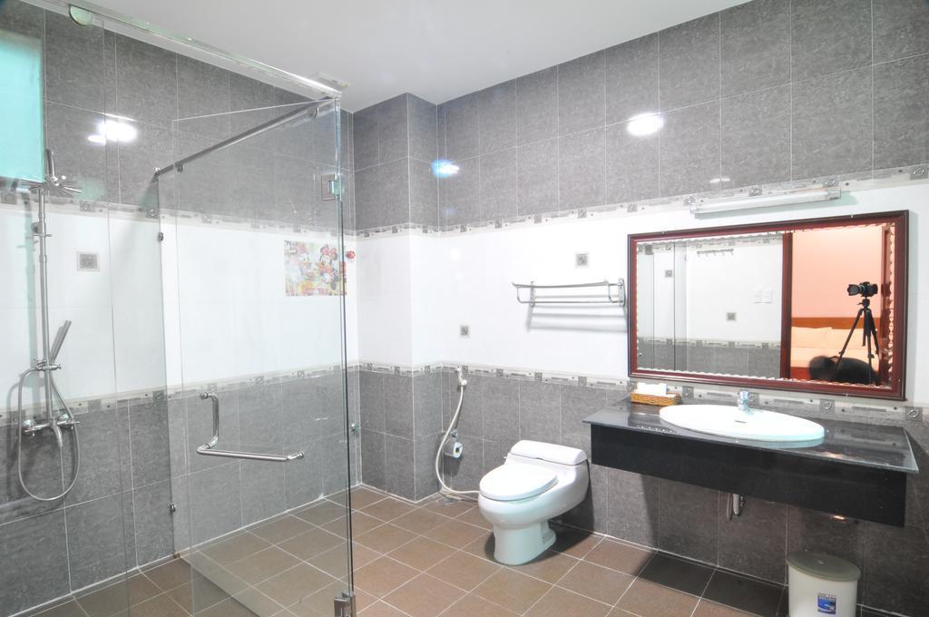 Phòng tắm hiện đại, đầy đủ tiện nghi (ảnh ST)