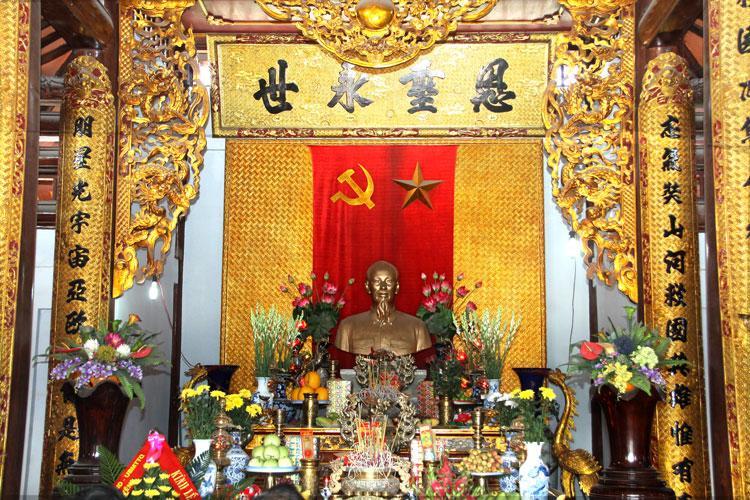 Đền thờ Bác- Du lịch Ba Vì 2 ngày 1 đêm