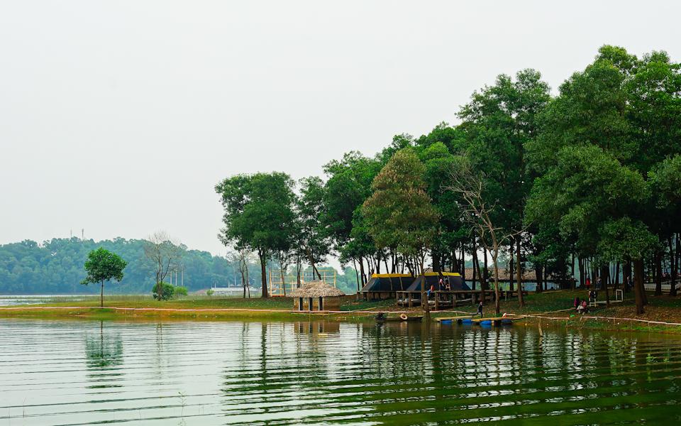 cắm trại Đồng Mô