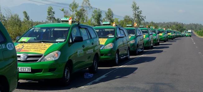 Các hãng taxi khi di chuyển du lịch Đà Lạt