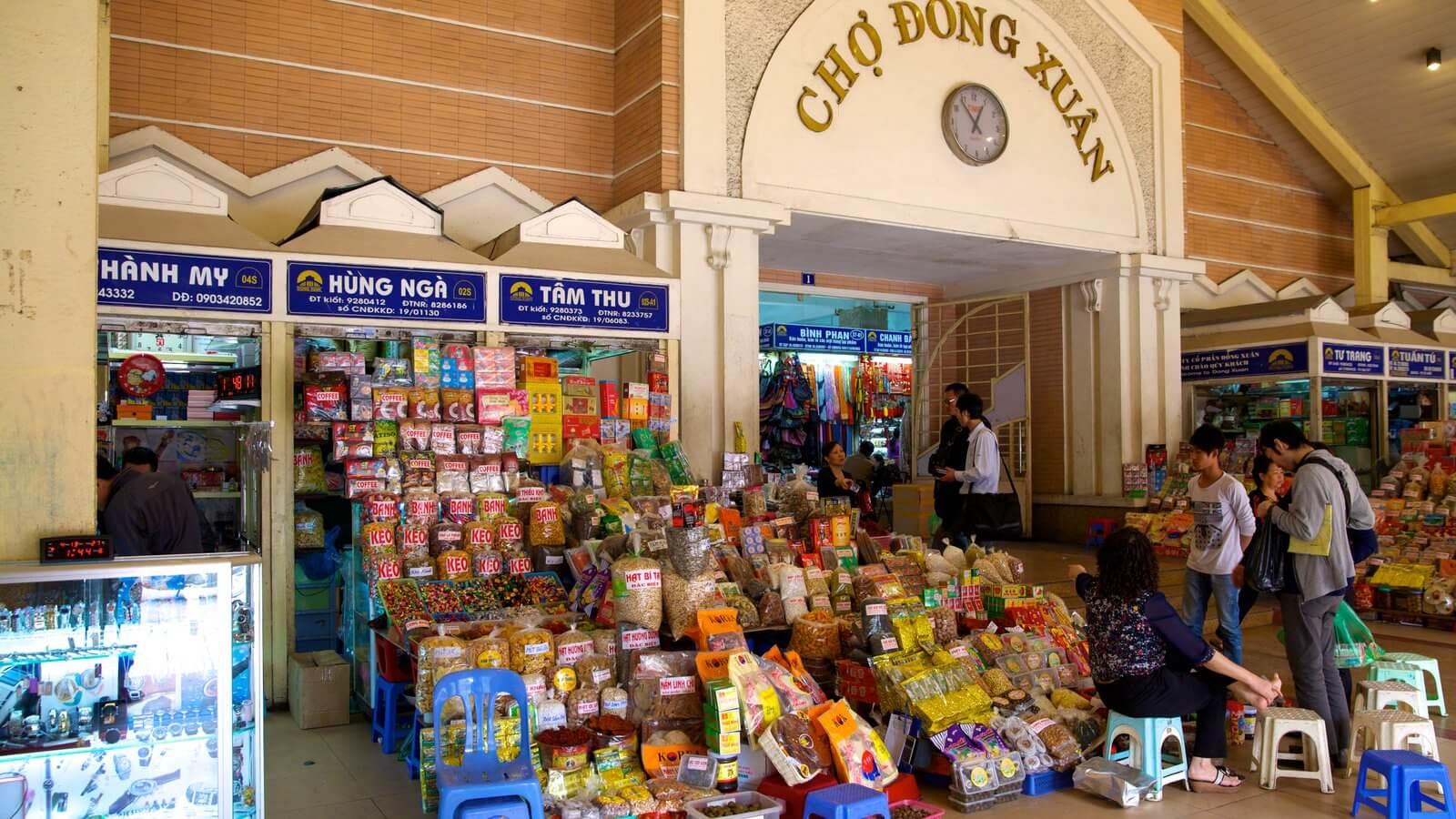 Chợ Đồng Xuân địa điểm tham quan mua sắm ở Hà Nội (ảnh sưu tầm)