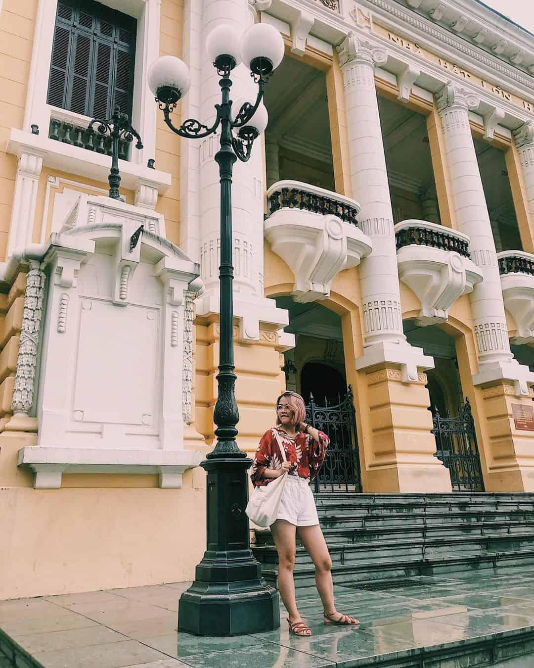 Nhà hát Hà Nội mang nét đẹp cổ kính nơi thủ đô. Ảnh: @___by__theheroine___