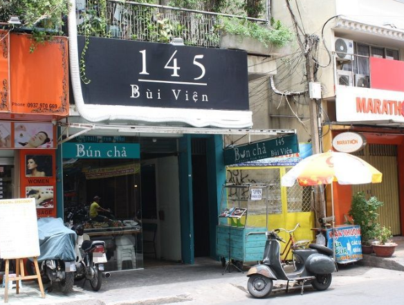 Nhà hàng ăn ngon bún chả 145 Bùi Viện ở sài gòn