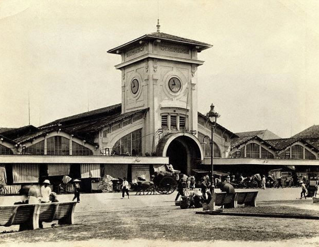 Chợ Bến Thành năm 1943