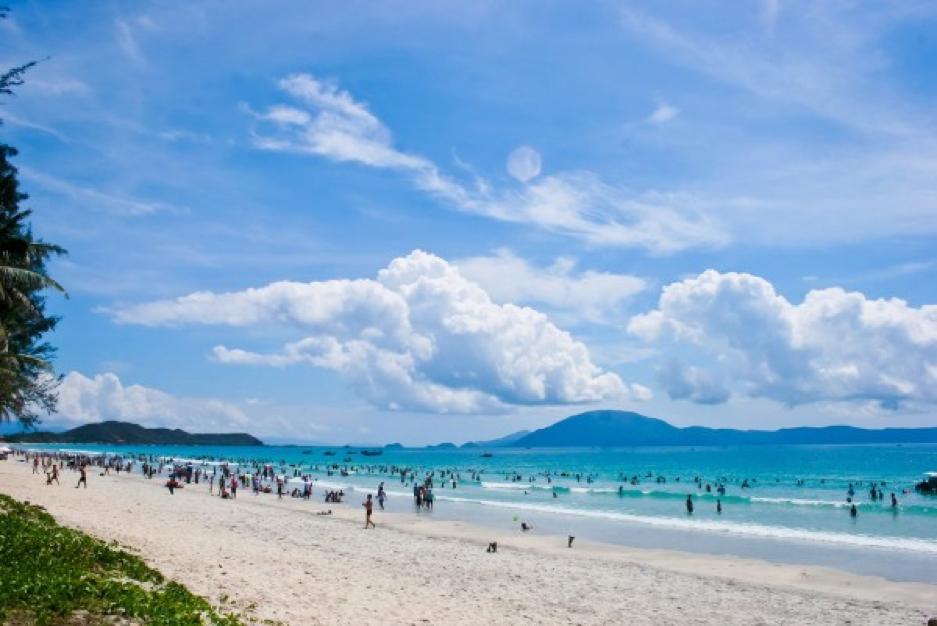 Biển Thiên Cầm trong xanh - địa điểm du lịch Hà Tĩnh