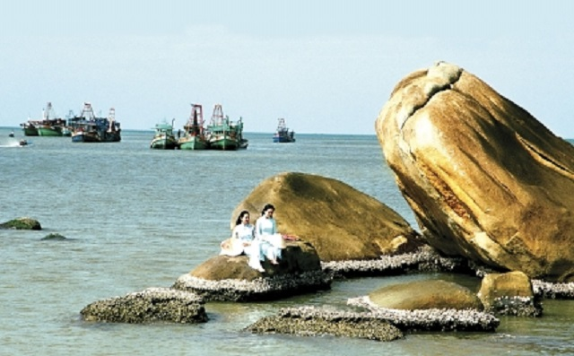 Những hòn đá khổng lồ kỳ dị của cà mau việt nam