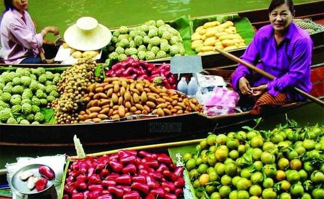 Về Cà Mau ngắm nhìn chợ sông nước