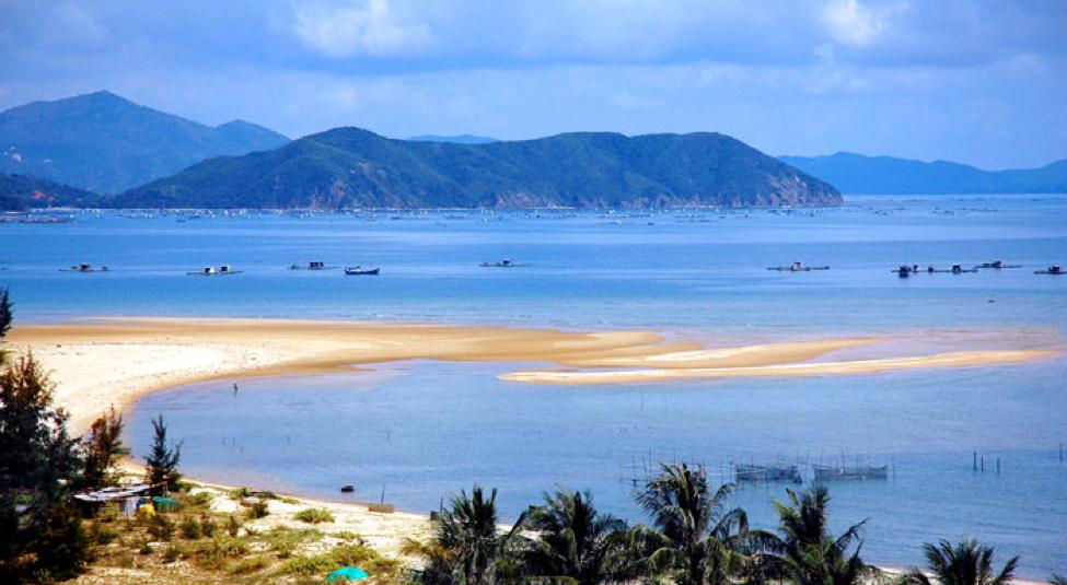 Du lich biển thiên cầm:Đảo Hòn Bớc - Đảo Hòn Bé