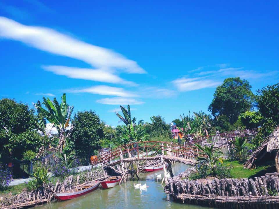 Tứ Phương Thất đảo trong xanh ngày nắng