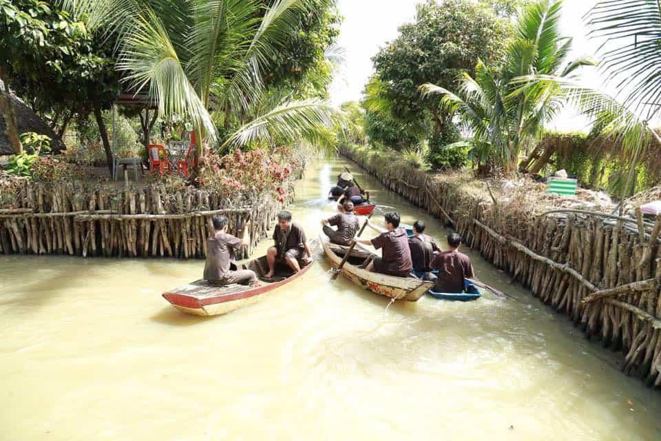 Trải nghiệm cuộc sống vùng sông nước cực thú vị tại khu du lịch