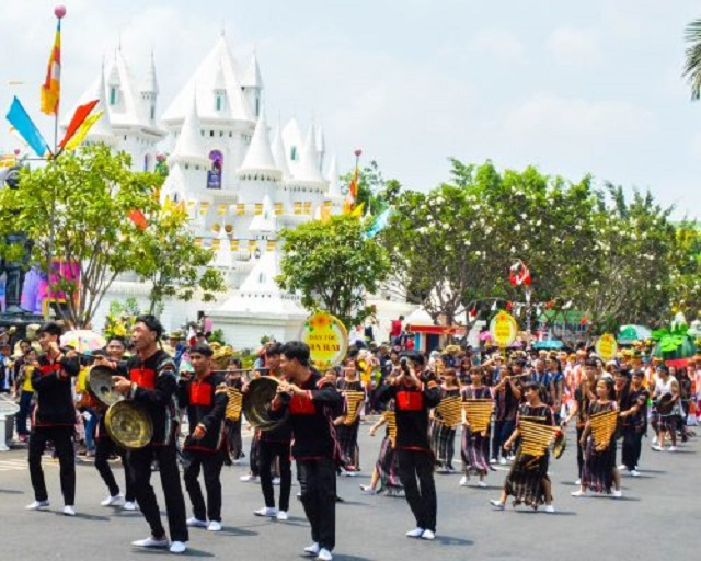 Những nơi du lịch ở sài gòn với các nền văn hóa các dân tộc