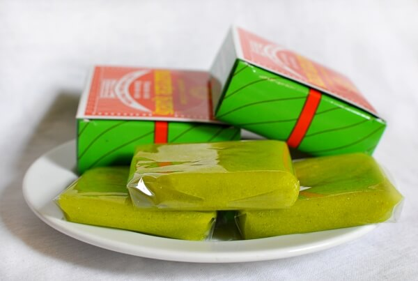 bánh cốm món ăn được rất nhiều người Hà Nội yêu thích