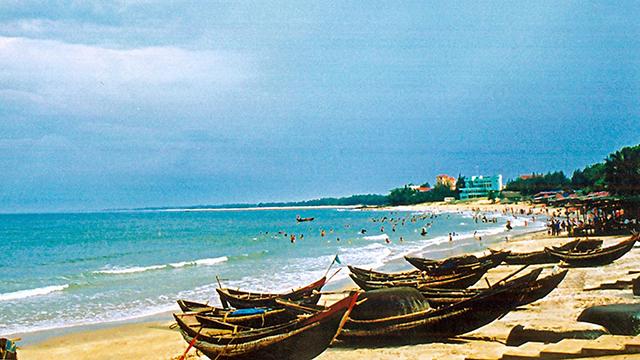 du lịch thanh hóa: Bãi biển hải tiến-01