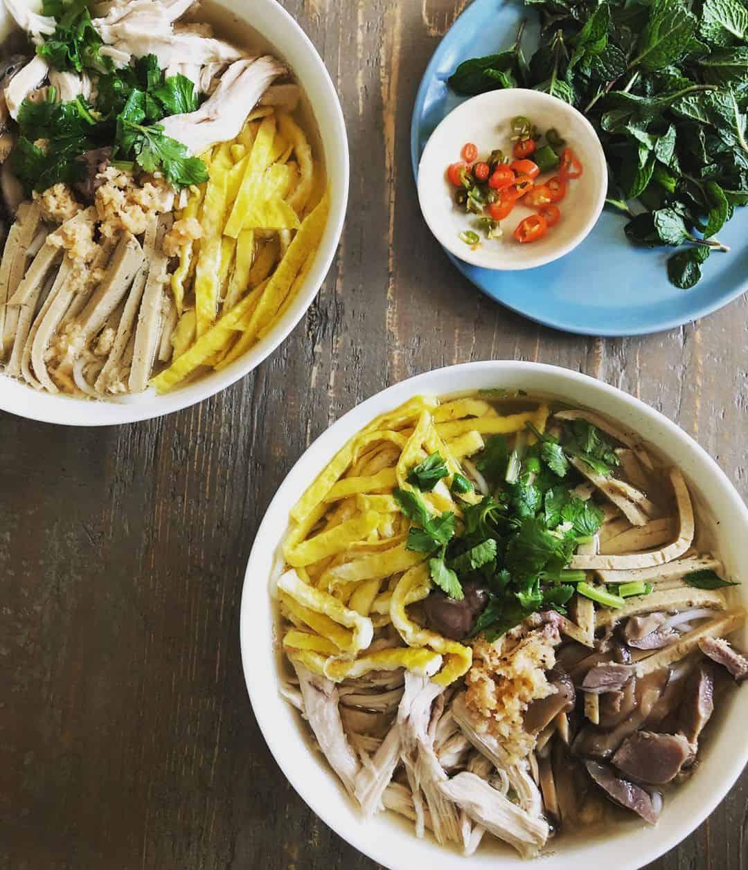 Bún Thang chỉ có thể tìm thấy ở Hà Nội. Ảnh: @andreannguyen88
