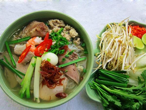 Hủ tiếu - Một món ăn đặc trưng Nam Bộ rất phổ biến ở Sài Gòn
