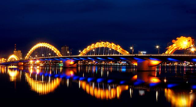 Những cây cầu nổi tiếng ở Đà Nẵng