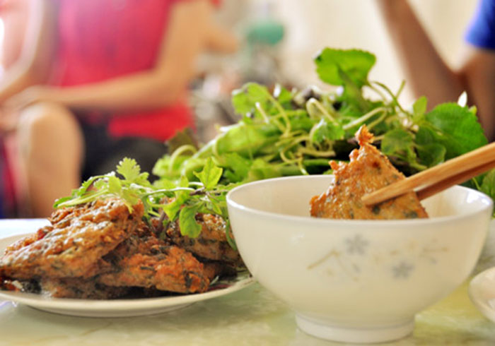 ăn vặt hà nội - chả rươi gia ngư