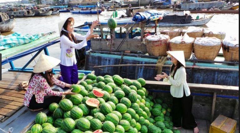 Hoa quả Chợ nổi Trà Ôn - Vĩnh Long