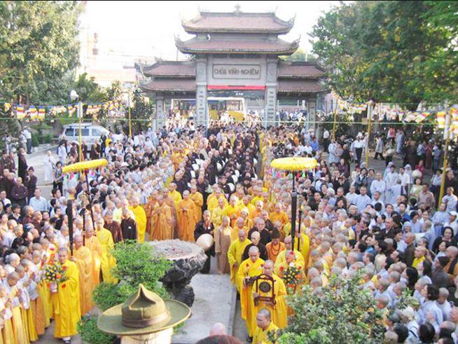 Buổi lễ tại chùa Vĩnh Nghiêm TP Hồ Chí Minh