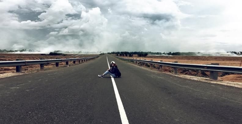 Con đường dẫn đến hồ Tà Pạ - quốc lộ 91
