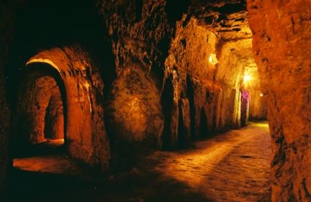 Khu di tích lịch sử địa đạo Vĩnh Mốc - du lịch Quảng Trị