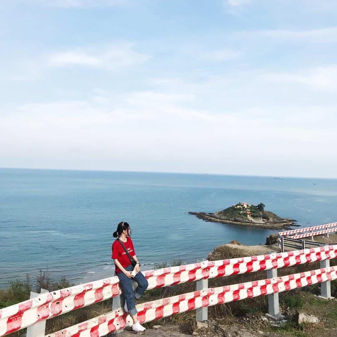 Bạn có thể ngắm biển Vũng Tàu và đón hoàng hôn tại đây cũng vô cùng thú vị. Ảnh: @hoangggoanh