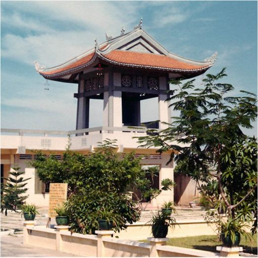 Hình ảnh gác chuông của chùa