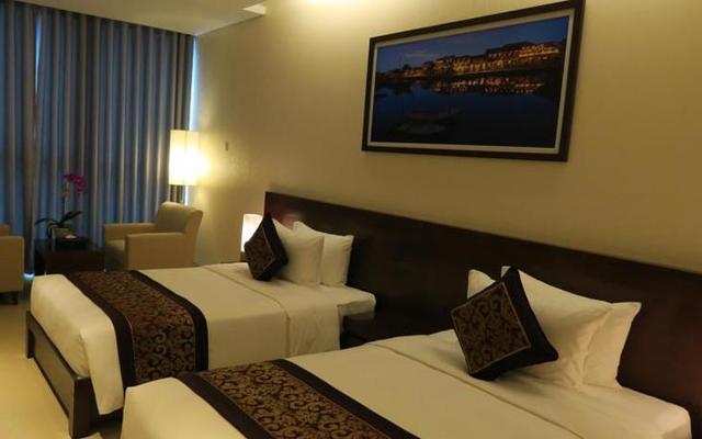 Khách sạn Grand Tourane Hotel