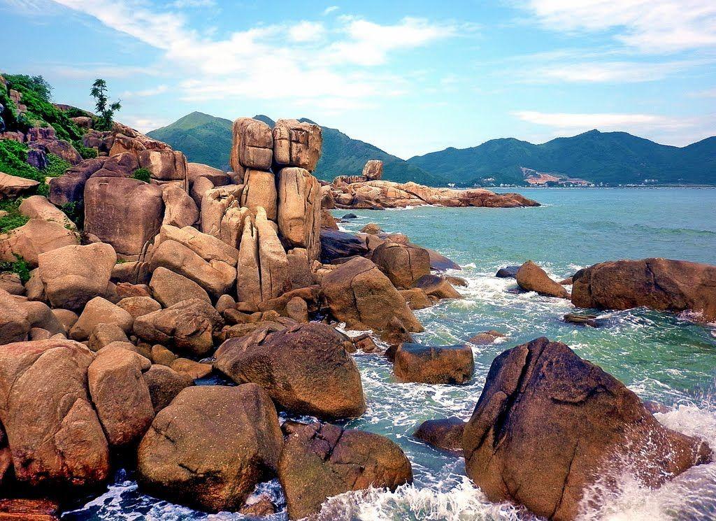 Hòn Chồng trong trong kinh nghiệm Du lịch Nha Trang