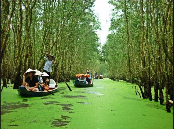 Đi du lịch Miền Tây Nam Bộ trên sông nước