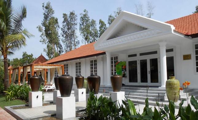 Khách sạn tại Bình Châu