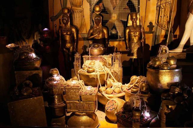 Kho châu báu Ai Cập cổ đại dưới hầm