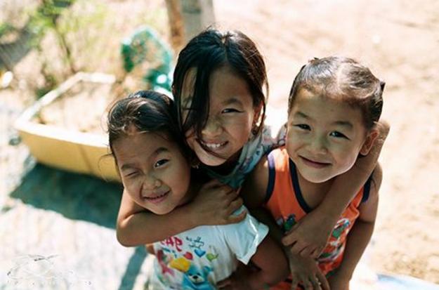 Trẻ con trên đảo Thạnh An