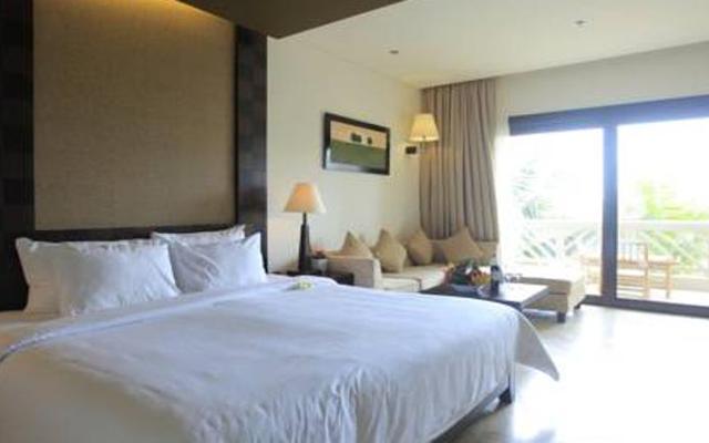 Olalani Resort Condotel