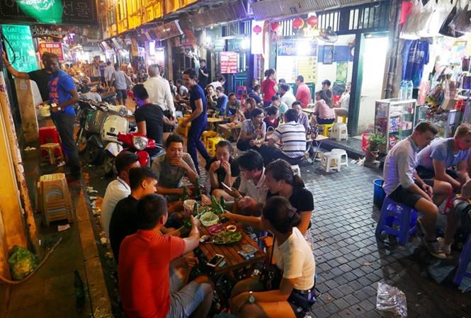 phố cổ Hà Nội - phố Tạ Hiện