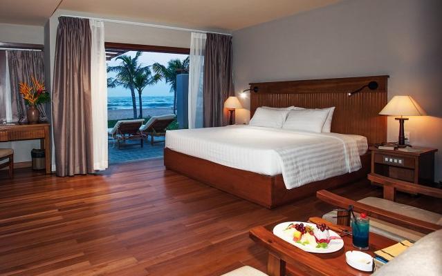 Phòng ngủ gần bờ biển yên bình (Ảnh: ST)