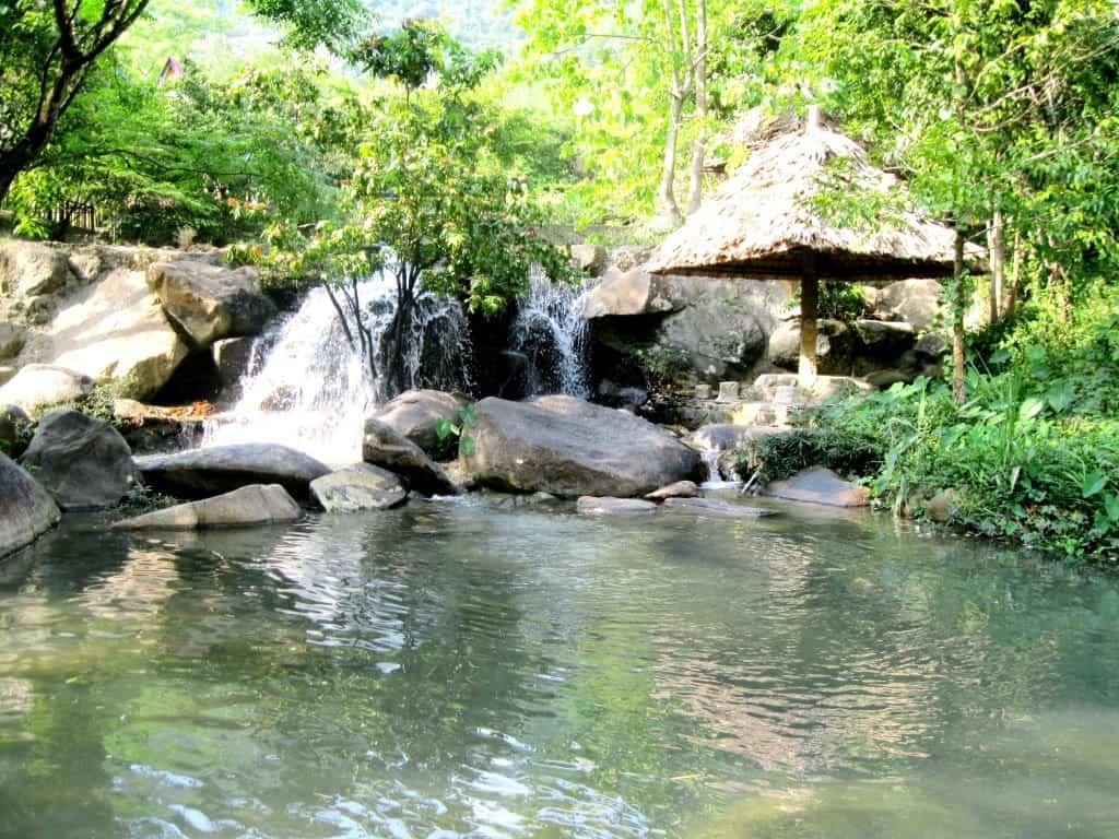 Suối Hoa Lan điểm đến khi du lịch Nha Trang