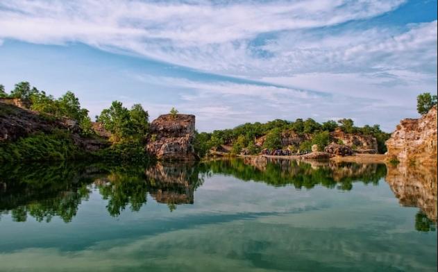 Khung cảnh thơ mộng Hồ Tà Pạ