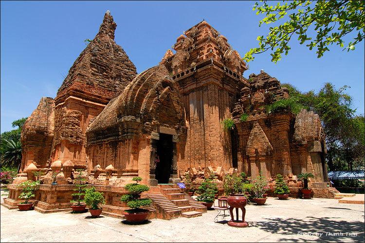 kinh nghiệm du lịch Tháp Bà Ponagar Nha Trang