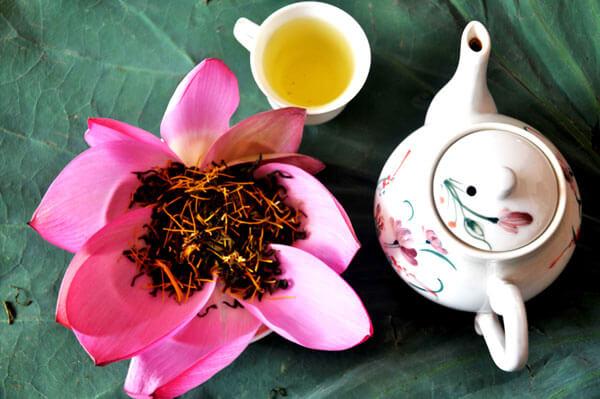 đặc sản hà nội ý nghĩa nhất cho người thân là trà sen