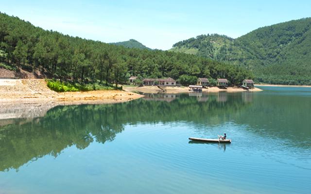 Khu du lịch sinh thái Hồ Trại Tiểu