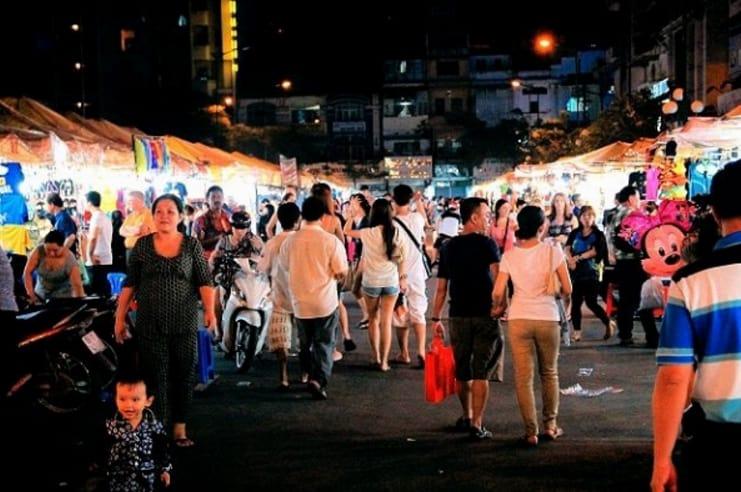 Điểm độc đáo ở chợ đêm Bến Thành