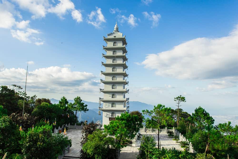 Linh Phong Bảo Tháp - địa điểm du lịch Bà Nà